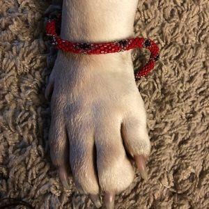 Jewelry - Pretty red/black beaded bracelet